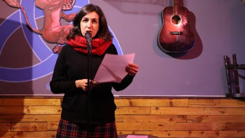 "Carmen Quinteiro, autora de ""Bajo la lluvia no pesan las historias"""