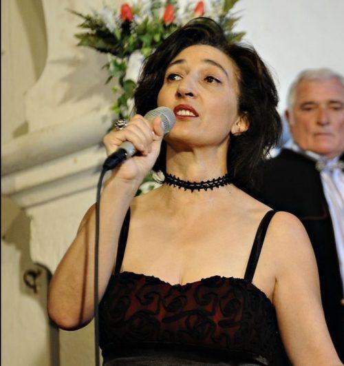 """Carmen Penim, autora do libro - disco """"Herdeiras"""""""