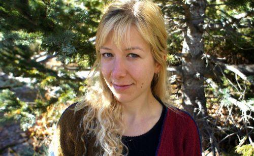 """Abi Andrews, autora de """"Naturaleza es nombre de mujer"""""""