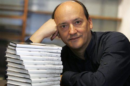 "Gustavo Martín Garzo, autor de ""La princesa manca"""