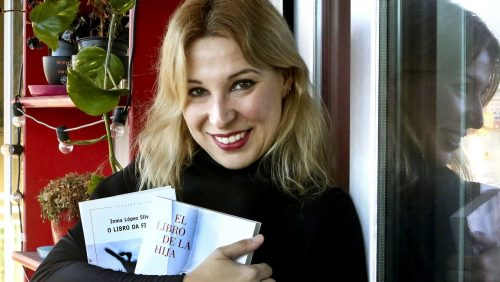 """Inma López Silva, autora de """"O libro da filla"""""""