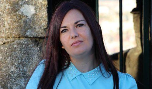 "Ledicia Costas, autora de ""A balada dos unicornios"""