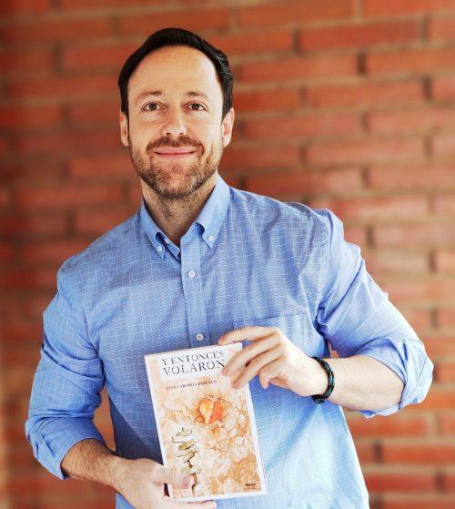 """Juan Laborda Barceló, autor de """"Y entonces volaron"""""""