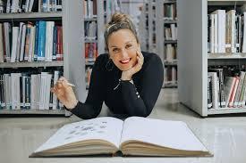 """Érica Esmorís, autora de """"Patio de luces"""""""