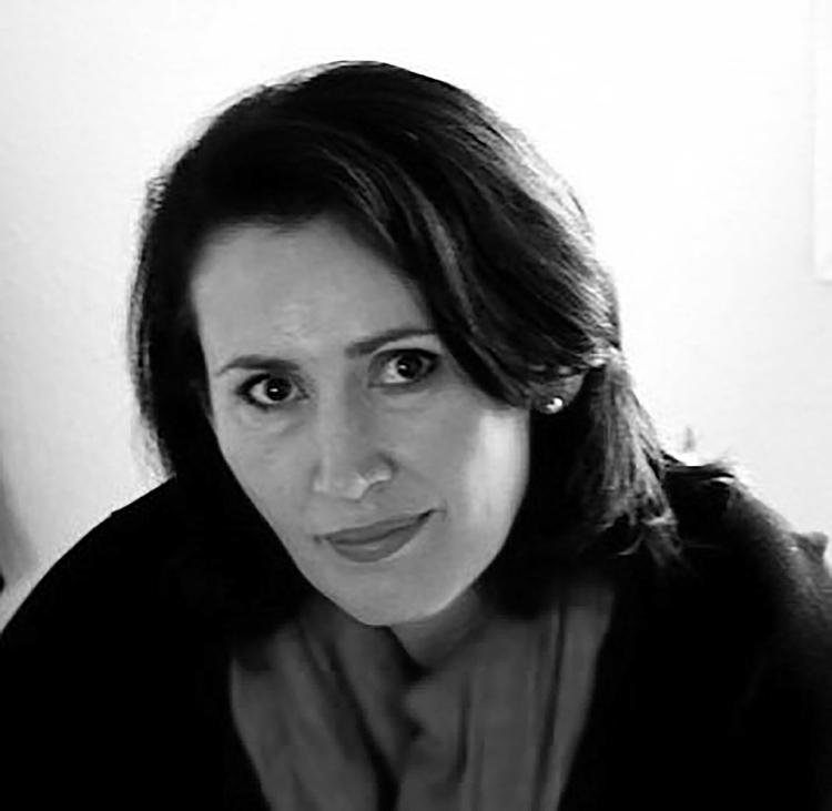 """Ada Valero, autora del libro """"La vida cuando era frágil"""""""